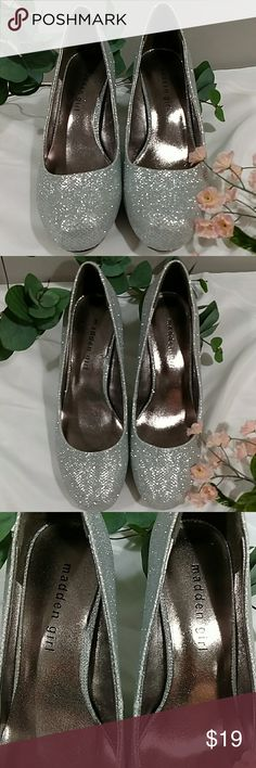 MADDEN GIRL SILVER BLING HEELS SZ 7.5 EXCELLENT CONDITION. MAJOR SILVER BLING. NO SIGNS IF WEAR ON SHOES, NOT EVEN BOTTOM. MAKE A STATEMENT WITH THESE!! Madden Girl Shoes Heels