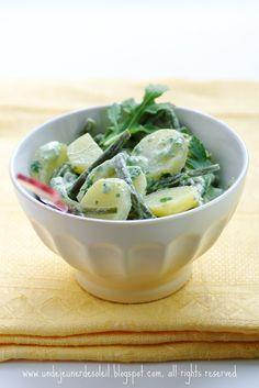 Salade de pommes de terre et haricots verts, sauce aux herbes