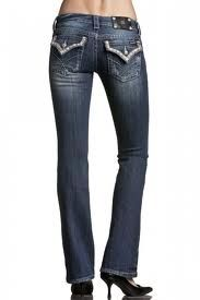 American flag leather Miss me jeans. SOOO want these when I get skinny again! Paisley, Studded Boots, Cowgirl Style, Jeans Pants, Cut Jeans, Miss Me Jeans, Western Wear, Jeans Style, What To Wear