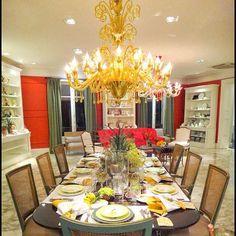 Inspiração do dia: lustre em cristal de Murano na cor âmbar #venexino#luz#arte#decor#inspiration#desing#luxury#murano#italia#chandelier#handmade#decoração#sofisticação#tradição