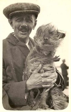 12 Dogs and Their Humans - Living Vintage