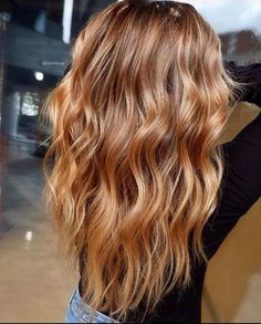 Are you going to balayage hair for the first time and know nothing about this technique? We've gathered everything you need to know about balayage, check! Hair Color Highlights, Hair Color Balayage, Blonde Balayage, Balayage Highlights, Haircolor, Blonde Color, Balayage Hair Caramel, Copper Balayage, Auburn Balayage