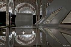 #elfoton14 #categoría #ArquitecturayPatrimonioCultural En el Concurso de Fotografía Elfoton.es tenemos 9 categorías para que todo el mundo encuentre la suya. #Instagram #sinfiltros Participa hasta 15 de  julio en http://elfoton.com Usuario: jeroni (España) - Reflejos - Tomada en Reales Atarazanas de Barcelona el 12/06/2014