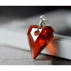 Red Magma Swarovski Heart Necklace Crystal Red Heart Pendant Red... (605 ARS) ❤ liked on Polyvore featuring jewelry, heart pendant, sterling silver heart pendant, crystal heart pendant, wire wrapped jewelry and wire wrapped crystal pendant