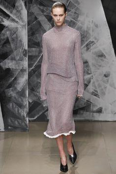 Jil Sander Fall 2016 Ready-to-Wear Fashion Show - Julie Hoomans