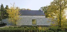 Villa Rotonda. Location: Goirle, The Netherlands; firm: Bedaux de Brouwer Architects; photos: Michel Kievits; year: 2010