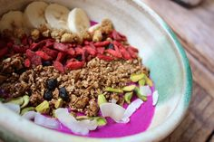 This superfood loaded Pitaya Bowl will set your morning off with a glow! Get the recipe now from Summer Sanders at Radiantly Raw Lifestyles.