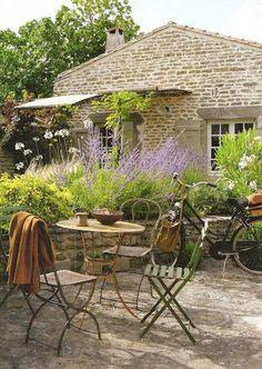 Picture Of Refined Provence Styled Terrace Decor Ideas Outdoor Rooms, Outdoor Gardens, Outdoor Living, Outdoor Decor, Outdoor Seating, Garden Deco, Cacti Garden, Gravel Garden, Cozy Backyard