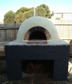 Easy instructions on building a brick oven.
