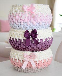 Crochet Mat, Pixel Crochet, Crochet Basket Pattern, Crochet Round, Crochet Patterns, Crotchet Bags, Crochet Mobile, Short Grey Hair, Crochet Decoration