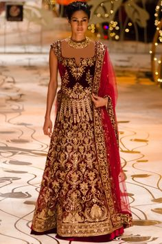 south indian bride tarun tahiliani - Google Search