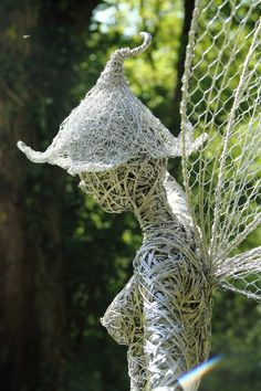 Robin Wight | Fantasy Wire Fairies Sculptures | Tutt'Art@ | Pittura • Scultura • Poesia • Musica