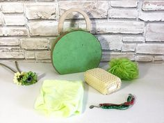 Green set toiletry bag cardboard suitcase by bottegadicartone