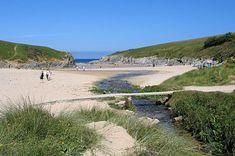 Porth Joke Beach, Cornwall Holidays In Cornwall, Devon And Cornwall, Newquay, British Isles, Beautiful Beaches, Golf Courses, Jokes, Water, Outdoor