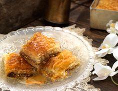 Μπακλαβάς με φιστίκι Αιγίνης | Alfa Greek Sweets, Dairy, Pie, Cheese, Desserts, Food, Pistachios, Dessert Ideas, Food Food