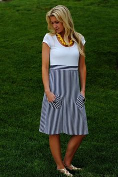 #DIY #nautical dress sewing tutorial - what a great basic shape for all body types!