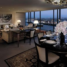 Suite Room Night View, Shangri-La Hotel Paris vossy.com