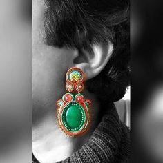 Now: €20 !!! Soutache Color Blocking Red Green Mermaid Earrings, with cabochon from real green jade stone  AquatharinaDesigns.etsy.com #soutachemania #soutache #handmade #handicraft #bijouxfemme #jw #jewelrydesigner #jewelrygram #mermaidscales #jadestone #mermaidlife #scales #redgreen #colorblocking #colorblock #red #green #sale #oorbellen #sieraden #ohrringe #dragonscales #soutachejewelry #gala #prom #lit🔥 #bijouxhandmade #fattoamano #orecchini #soutacheearrings