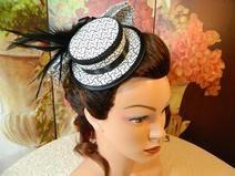 Mini Damenhut Sommerhut gepunktet schwarz weiß Hut
