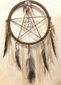 Dream catcher Pentacle et Triquetra avec des pierres fines