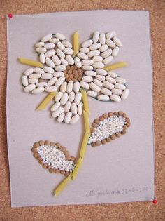 Dried beans and pasta art. Seed Crafts For Kids, Mothers Day Crafts For Kids, Fathers Day Crafts, Summer Crafts, Toddler Crafts, Preschool Learning Activities, Activities For Kids, Pasta Crafts, Pasta Art