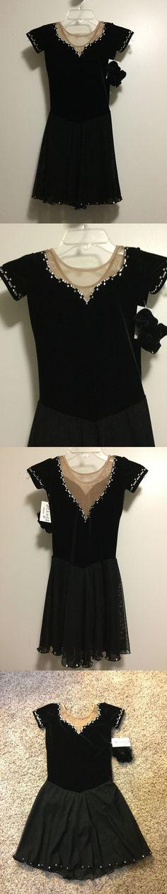 Black dress size 7 roller