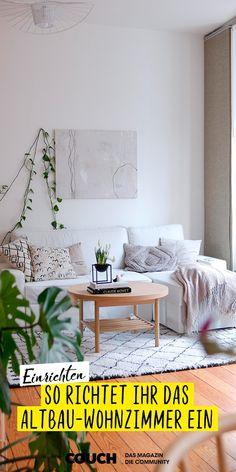 Hier findet ihr besondere Ideen, um euer Altbau-Wohnzimmer einladend zu gestalten. Restinpeppermintwind hat in hellen Farben und mit Pflanzen einen gemütlichen Raum geschaffen. Couch, Inspiration, New Ideas, Plants, Colors, Deco, Biblical Inspiration, Settee, Sofa