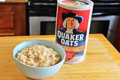 Quaker oatmeal is a classic breakfast choice. It is rich in fiber and can be sweetened easily with brown sugar, maple syrup and honey. Quaker oats are easy to cook and just. The Oatmeal, Brown Sugar Oatmeal, Apple Oatmeal, Overnight Oatmeal, Quaker Oats Recipes, Oatmeal Recipes, Cereal Recipes, Baby Food Recipes, Cake Recipes