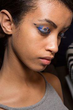 Hair: Naoki Komiya for Bumble and Bumble Makeup: Adam de Cruz for MAC Cosmetics Source: IMAXTREE