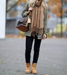 #louisvuitton #parka #timberlands #Womanfashion #Fashion #Style #Woman #Womanstyle #Sensual #Lookcool #Trend #Awsome #Luxury