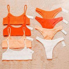 Cute Preppy Outfits, Preppy Girl, Cute Summer Outfits, Outfits For Teens, Summer Bathing Suits, Girls Bathing Suits, Summer Suits, Cute Swimsuits, Cute Bikinis