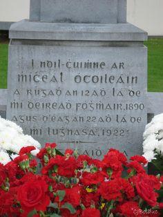 Grave of Michael Collins Glasnevin cemetery Dublin, Ireland. Ireland 1916, Dublin Ireland, Irish Republican Brotherhood, Witchcraft History, Irish Independence, Erin Go Bragh, Irish Landscape, Michael Collins, Celtic Heart