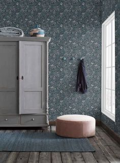 The wallpaper pattern Nocturne from Boråstapeter Nocturne from Sense of Silence is a blue green dark wallpaper in floral foliage style Tree Wallpaper, Dark Wallpaper, Striped Wallpaper, Scandinavian Wallpaper, Scandinavian Design, Scandi Wallpaper, Ideas Habitaciones, Creation Deco, Cabinet Decor