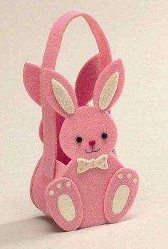 Pink Felt Bunny Gift Bag/Basket - Ideal For Easter/Children's Packaging - Kids Art Galleries, Felt Crafts Patterns, Diy And Crafts, Paper Crafts, Alcohol Ink Crafts, Classroom Crafts, Easter Crafts For Kids, Bottle Crafts, Stuffed Toys Patterns