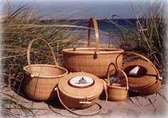 Searching for the perfect Nantucket Lightship basket on Nantucket Island, MA. Nantucket Cottage, Nantucket Baskets, Nantucket Island, Nantucket Style, Wicker Hamper, Xmas 2015, Beach Bonfire, Weaving Art, Holiday Destinations