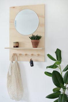-DIY Portable Bucket Air Conditioner DIY Plywood Entryway Organizer See it Art Deco Furniture, Plywood Furniture, Furniture Design, Garden Furniture, Furniture Legs, Barbie Furniture, Cheap Furniture, Plywood Art, Plywood Floors