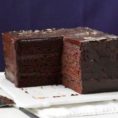 Deep chocolate cake with Ganache