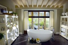 the holiday cameron diaz house | The Holiday' houses: From LA to UK - Design Editor
