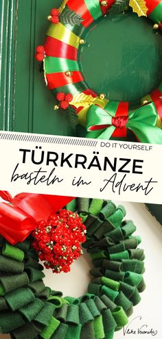 Filz, Satinbänder oder Stoffreste - bastle Dir kreative Türkränze für den Advent aus allem, was die Restekiste hergibt. Inspiration, wie Du das Material auflegen und feststecken kannst, findest Du bei VlikeVeronika. Schau jetzt am Blog vorbei und entdecke noch ganz, ganz viele andere Weihnachts-DIY-Ideen zum Selbermachen. #vlikeveronika #türkranz #upcycling
