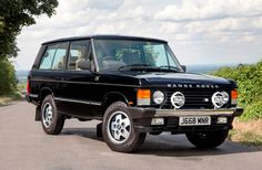 Historics is the UK's premier auction house for the sale and purchase of the finest historic, classic and sports cars and motoring memorabilia. Range Rover Jeep, Landrover Range Rover, Range Rovers, Classic Sports Cars, Classic Cars, Range Rover Supercharged, Range Rover Classic, Toyota Fj Cruiser, Jeep Rubicon