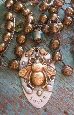 ≗ The Bee's Reverie ≗ Crochet necklace - Bee Loved by 3DivasStudio on Etsy