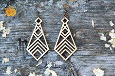 Geometric Laser Cut Wood Earrings                                                                                                                                                      Mais
