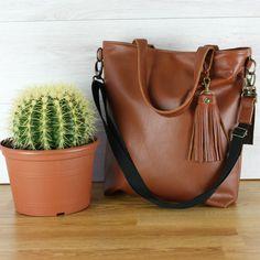 Hergebruikt leer voor een mooie nieuwe tas.