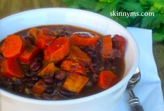 This is an easy, healthy recipe to make: Southwestern Black Bean & Veggie Soup. #slowcooker #cleaneating #SkinnyMs