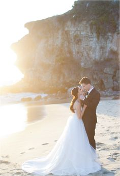 southern california bride | bride and groom | couple portraits | wedding photography | sunset photos | beach photo shoot | love