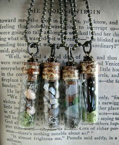 12 Natural History Vial Necklaces Wholesale - 12 Natural History Vial Necklaces by amandadaviewholesale on Etsy - Bottle Jewelry, Bottle Charms, Bottle Art, Resin Jewelry, Jewelry Crafts, Mini Glass Bottles, Glass Vials, Diy Collier, Miniature Bottles