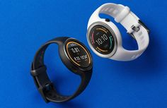 Motorola Moto 360 Sport in black and white