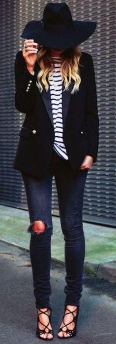 White Stripes On Total Black Fall Street Style Inspo #Fashionistas