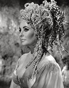 Elizabeth Taylor / production still from Richard Burton and Nevill Coghill's Doctor Faustus (1967)
