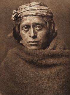 A ZuÐi man (The North American Indian, v. XVII. Norwood, MA, The Plimpton Press, 1926)